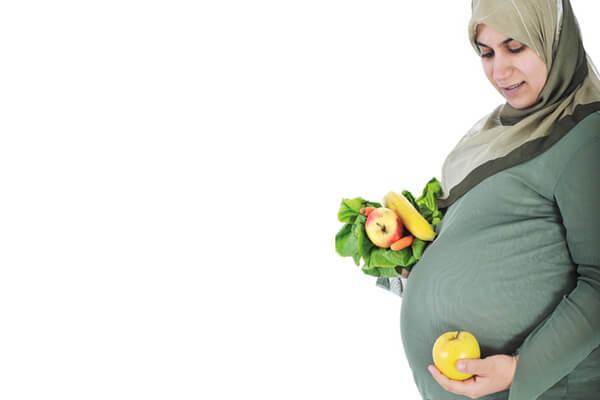 احتياجات الحامل الغذائية في الشهر الثاني