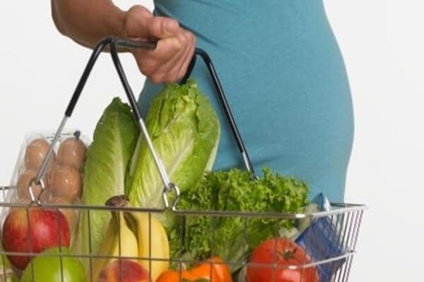 ما تغذية الحامل في الشهر التاسع